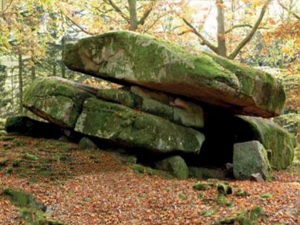 Formation géobiologie sacrée - Le dolmen de Chevresse