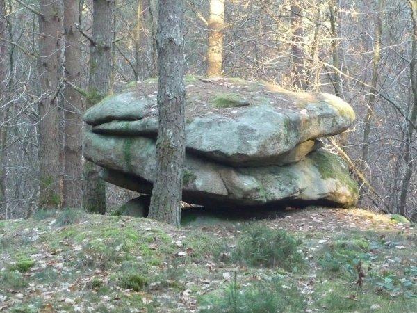Formation géobiologie sacrée - Le dolmen du bon rupt